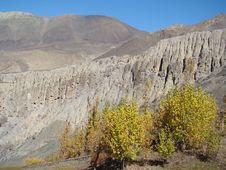 Free Sacramental Caves In Muktinat Region Royalty Free Stock Images - 9661849