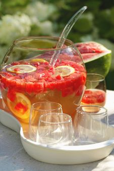 Free Fresh Summer Cocktail Royalty Free Stock Photography - 9664167