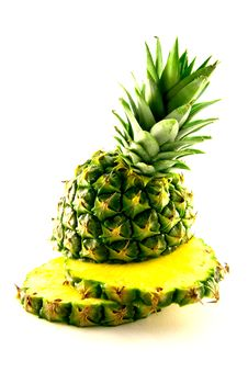 Free Sliced Pineapple Royalty Free Stock Images - 9664439