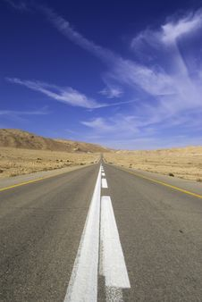 Free Desert Highway Stock Photo - 9664650