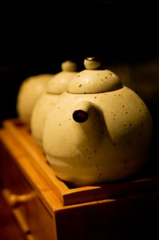 Free Pottery In A Row Stock Photography - 9667362