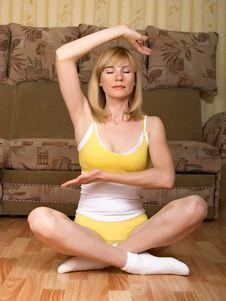 Free Yoga Royalty Free Stock Photos - 9674668