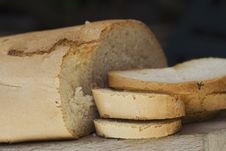 Free Bread On A Chopping Board Stock Images - 9676124