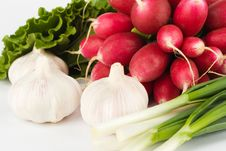 Free Spring Onions, Garlic, Lettuce And Radish Royalty Free Stock Photography - 9678427