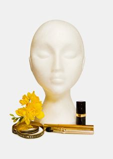 Free Glamour Girl - Makeups And Jewellery With Flowers Royalty Free Stock Image - 9680436