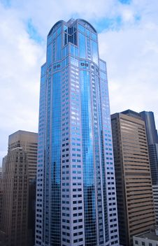 Free Blue Sky Skyscrapers Stock Image - 9683321