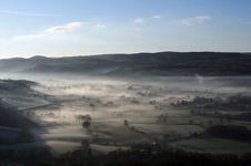 Free Misty Landscape Royalty Free Stock Images - 9690729
