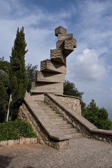 Free Steps To Hevaen Sculpture - Montserrat - Monistrol Royalty Free Stock Images - 9693689