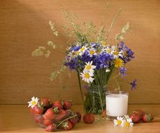 Free Strawberries And Milk With Flowers Stock Photography - 9697822