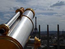 Free Binoculars Paris Stock Photo - 96933360