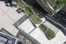 Free Subway Shaft From Above. Royalty Free Stock Images - 970479