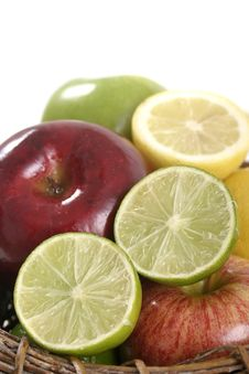 Free Close-up Of Lime Slice 6 Stock Photo - 970780