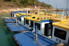 Free Ferry Boats At Jetty Stock Image - 972221