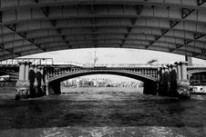 Free Under The Blackfriars Bridge Stock Images - 977644
