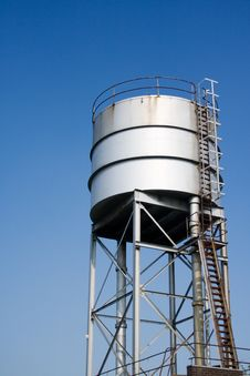 Free Metal Water Tower Stock Photo - 977750