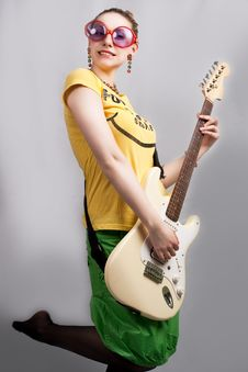 Free Blonde With Guitar Royalty Free Stock Image - 9702866