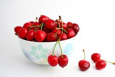 Free The Ripe Sweet Cherries. Royalty Free Stock Photo - 9706155