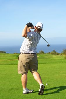 Free Golfer On The Tee Box Royalty Free Stock Photos - 9706798