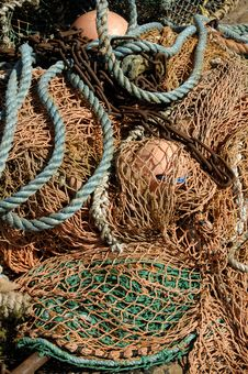 Free Deep Sea Fishing Nets & Buoys Royalty Free Stock Photography - 9707647