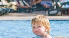 Free Little Girl In The  Pool Stock Photography - 9708142