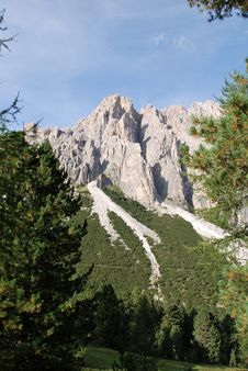 Free Dolomiti Mountains In Italy. Peak Royalty Free Stock Photography - 9712657