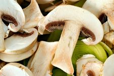 Free Carved Mushrooms With Leek Detail Stock Photography - 9713992