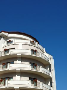White Building Blue Sky Background Royalty Free Stock Photos