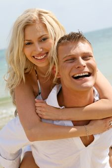 Free Couple Lazing Beside Beach Royalty Free Stock Photos - 9716498