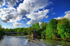 Free Afternoon Clouds Over The River Royalty Free Stock Photos - 9717208