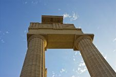 Free Ruins Of An Antique Acropolis Stock Images - 9718974