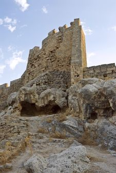 Free Ancient Knightly Fortress On A High Rock. Stock Images - 9719204