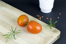 Free Close-up Of Tomatoes On Table Royalty Free Stock Image - 97145456