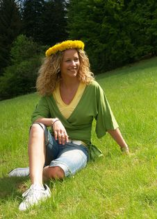 Free Curly Girl With Dandelion Chain On Head Royalty Free Stock Photo - 9721835