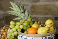Free Basket Full Of Fruits Royalty Free Stock Photography - 9725047