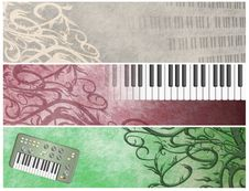 Free Grungy Musical Retro Keyboards  Headers Stock Photography - 9725512