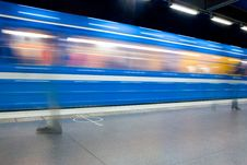 Free Blue Train Royalty Free Stock Image - 9729436