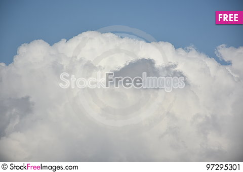 Free Blue Sky And White Cloud Stock Image - 97295301