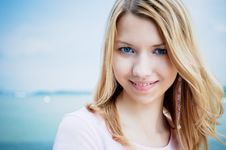Free Girl Outdoor Stock Images - 9732784