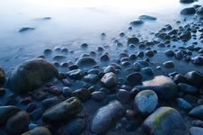 Free Baltic Seaside With Stones After Sunset Royalty Free Stock Photos - 9735558