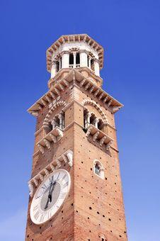 Free Tower Lamberti In Verona Royalty Free Stock Photo - 9735675