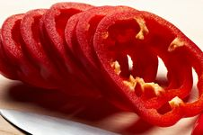 Free Sliced Pepper Royalty Free Stock Images - 9737769