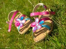 Free Little Girl S Colorful Sandals Royalty Free Stock Photos - 9737868
