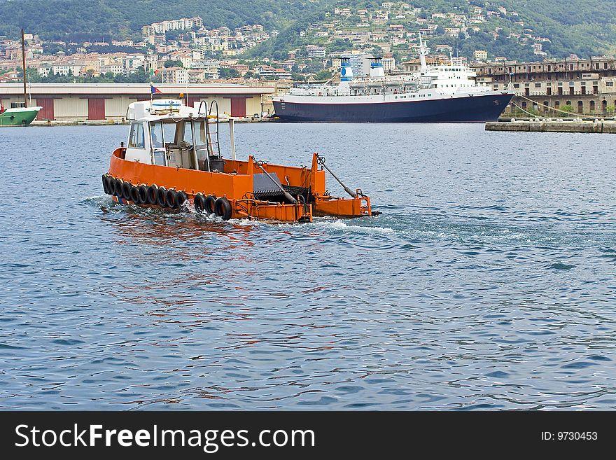Boat sea clean
