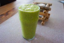 Free Green Smoothie Stock Image - 97381751