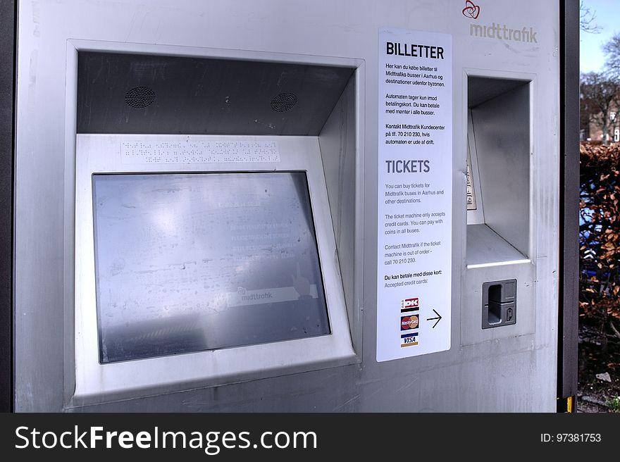 Viby Torv Midttrafik Billetautomat Endelig I Drift