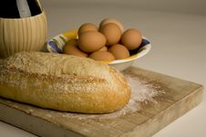 Free Artisan Bread On Cutting Board. Royalty Free Stock Images - 9758719