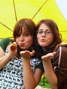 Free Teenagers Girls Stock Photo - 9758940