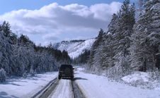 Free Winter Carriage Road Stock Photography - 9760592