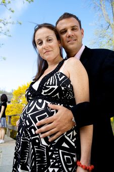 Free Pregnant Couple Royalty Free Stock Images - 9763319