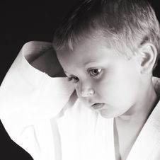 Free Karate Boy Stock Photography - 9765762